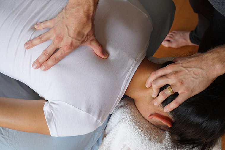Acupressure pressure point therapy in Auckland.